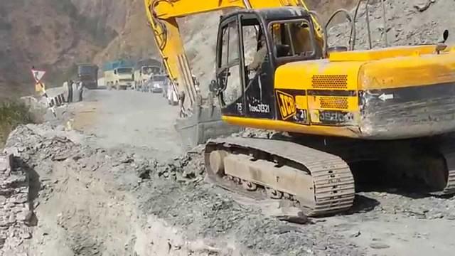 Uttarakhand Mahaan Full Video Song (Garhwali) – उत्तराखण्ड महान – Pahari Album Songs